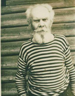 Житель г.Любим Измайлов Леонид Дмитриевич