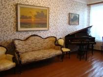 Отдел старинной мебели